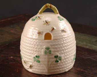 Belleek Honey Pot, Ireland