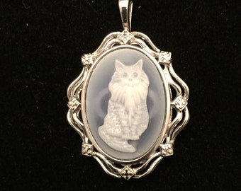 Charming and Whimsical sterling Silver Pendant With Carved Cat Cameo