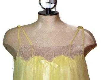 60s Yellow Nightie  Sexy Nightgown Short Nightie Vintage 1960s Sleepwear Ecru Lace Lingerie Yellow Chiffon Nightie Sexy Negligée