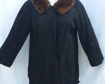 curved wool woman coat with mink fur collar