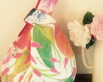 The Hepburn Wrist Bag