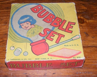 SALE Vintage J Pressman Co Bubble Set Blow Pipes with Box Child in Bubble Litho No 017 Made in USA