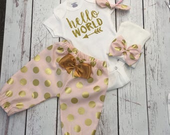 Baby take home outfit - Newborn Girl Take home Outfit - Newborn Girl - Hello World Onesie ® -  Gold Glitter - Baby girl coming home outfit