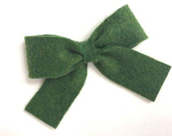 Felt hair bow - felt bow, hair bows, dark green hair bow, bows, hair bows for girls, baby bows, toddler hair bows, girls hair bows, hairbows