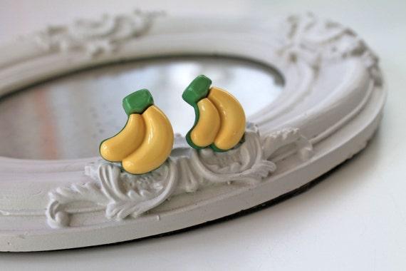 Cute banana earrings yellow kistch pop