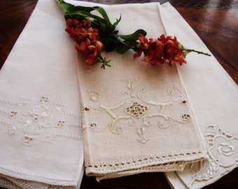 Maderia Towels, Shabby chic lot of towel, Portugal linens, Lot of 3, Guest towels, Madeira towels, mix and match, home decor, European decor