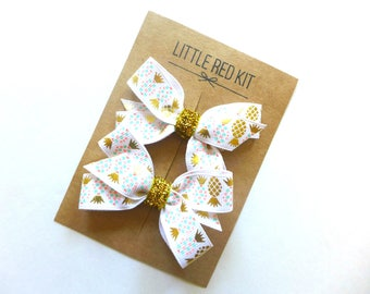 Hair bows for girls WHITE GOLD PINEAPPLE. Pigtail bows. Hair clips. Hair accessories for girls. Baby hair bows. Mini bows. Gifts for girls.