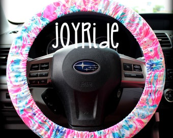 Steering Wheel Cover Lilly Pulitzer Tiki Pink Gypsea Fabric Fully lined with Grip Tight Designer Car Accessories Coral For Girls Woman