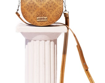 Handmade Leather Crossbody Bag, Shoulder Bag, Handbag, Saddle Bag, Purse | Minimalist, Modern, Classic, Casual | Pattern, Damask, Ornamental