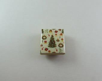 Christmas / Christmas Tree Needle Minder / Needleminder / Stitching Tool / Gift for Stitcher / Needle Buddy / Needle Keeper / Pin Keep