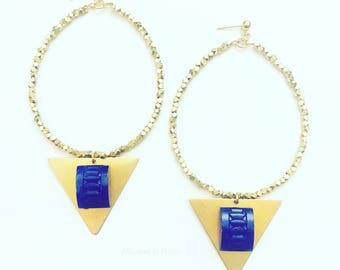 The River: Hoop Earrings With Faceted, Gold-Plated Beads With Brass Triangles and Deco, Lapis-Blue, Cabochons