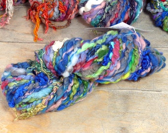 107g - Lysistra skein 4 - art yarn - handspun, handdyed - unique OOAK - texture - SAORI Weaving, knitting, felting, sewing/embroidery