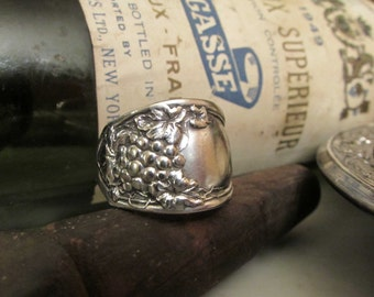 Spoon ring. Grape vine spoon ring. Early 1900 Antique grape vine pattern. Wine Connoisseur must have.