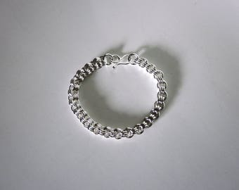 Bella's Triple Link Bracelet