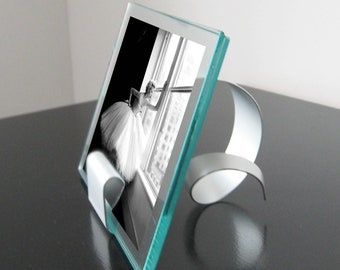 Swirl Sculpture 5x7 Picture Frame
