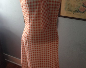 Vintage 1960's sleeveless cotton shift dress.