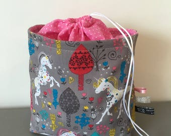 Storage - unicorns and extravaganza - By Camille pouch