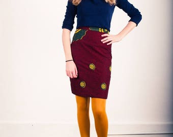 Pencil skirt Oume in African print purple, yellow