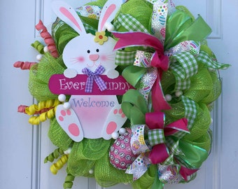 Welcome Bunny Wreath, Spring Wreath, Easter Bunny Wreath, Welcome Wreath, Spring Decor, Holiday Wreath, Green Mesh Wreath, Easter Bunny