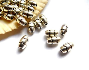 12 Antique Silver Oval Spacer Beads - 25-13A