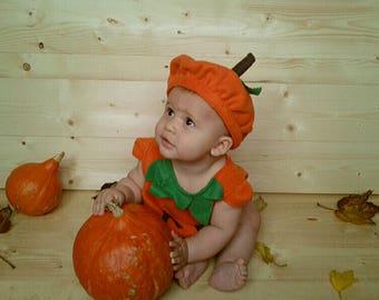 Déguisement bébé citrouille avec chapeau pour Halloween