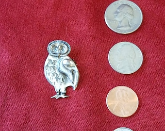 Owl pin antique