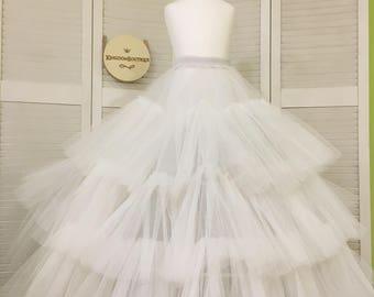 Petticoat O