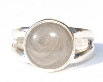 Split Shank Band Cremation Ring with 10mm Circle Setting - Sterling Silver Pet Cremation Jewelry