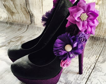 Womens Flower Adorned Shoes With a Glitter Heel and Sole Finish