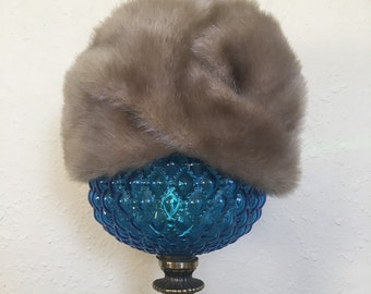 Vintage fur hat naimans