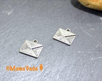 Set of 4 charms, pendants, charms, envelope, letter color silver REF:2 / 171