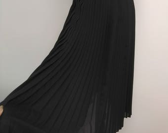 Black Pleated Chiffon Skirt - Midi Maxi Long - Size 6 8 S