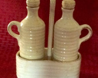 Tabletops Unlimited / Cruet / Oil & Vinegar  with Caddy Holder / Rustico Pattern / Made in China / FREE SHIPPING