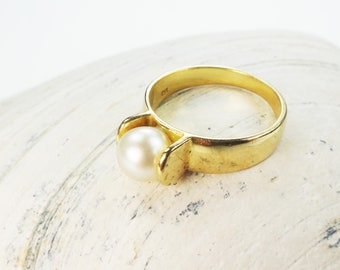 Vintage Pearl Ring 18k Japanese Cultured Pearl Ring White Gold Ring Cultured Pearl Ring Modern Style Size 6