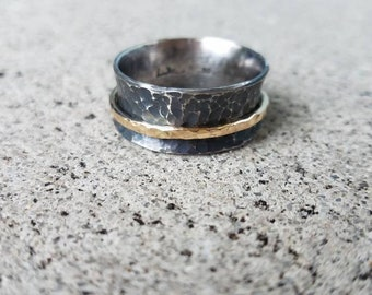 Spinner ring, fidget ring, wedding band