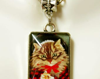 Old Mother Hubbard nursery rhyme cat pendant and chain- CAP02-013