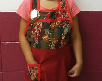 """Child's Floral """"Lucy"""" Cotton Apron With Wine Skirt One Of A Kind"""