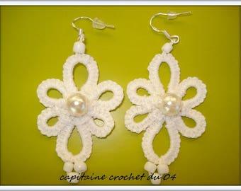 White earrings with pearls/ear jackets / women / wedding / ceremony / lace tatting /Tatted earrings.