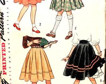 Girl's Simple to Make Skirt Size 7