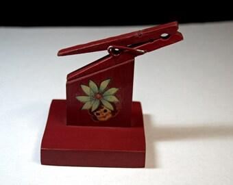 Clothespin Recipe Card Holder, Red Kitchen Decor, Vintage Note Holder, Recipe Clip, Clothespin Clip, Memo Holder, Desk Accessory, Wood Clip