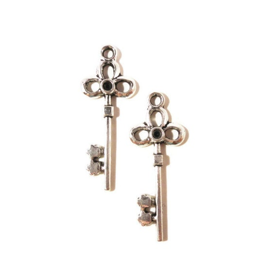 Silver Key Charms 32x12mm Antique Silver Tone Metal Steampunk Skeleton Key Charm Pendant Jewelry (Jewellery) Making Findings 10pcs