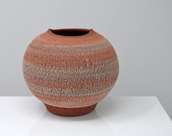 Red earth Vase