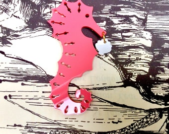 Super SEAHORSE and shell laser cut retro brooch