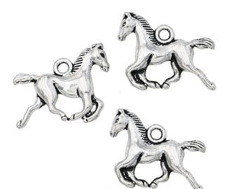 10 pcs Running Horse Charms