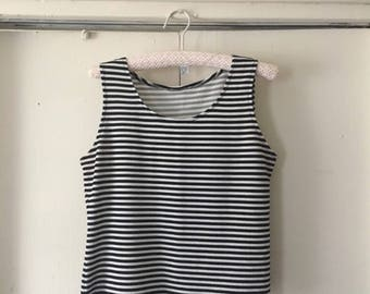90's Black and white striped stretch tank