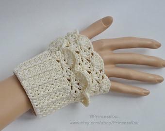 Lace  Elegant Wrist cuffs, Romantic  Crochet Cuffs Arm Cotton