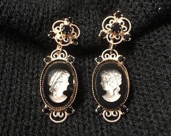 Vintage Dangling Cameo Earrings