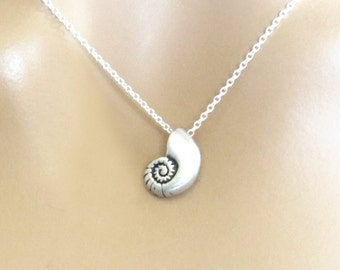 Ariel voice, Sterling silver chain, Seashell, Necklace, Antique, Ariel, Mermaid, Shell, Birthday, Lovers, Best friends, Mom, Sister, Gift