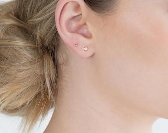 Circle Stud Earrings / 14k Gold Filled, Sterling Silver, or 14k Rose Gold Filled Earring / Simple Everyday Earrings / LE417_03