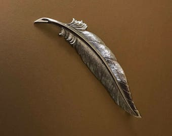 Monet Etched Silver Tone Feather Brooch